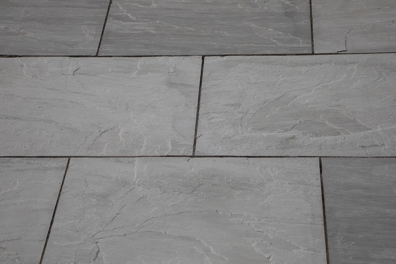 Grey Sandstone Sawn Edge